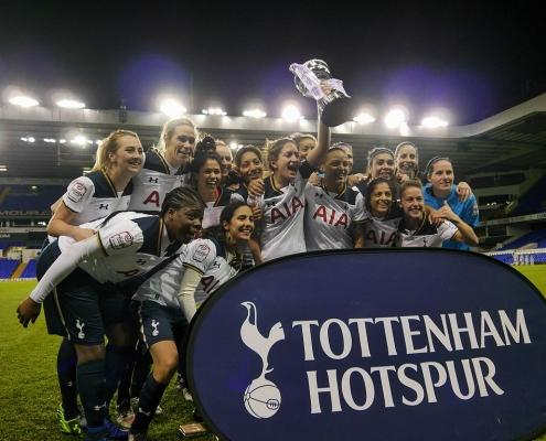 Spurs Ladies Celebrating