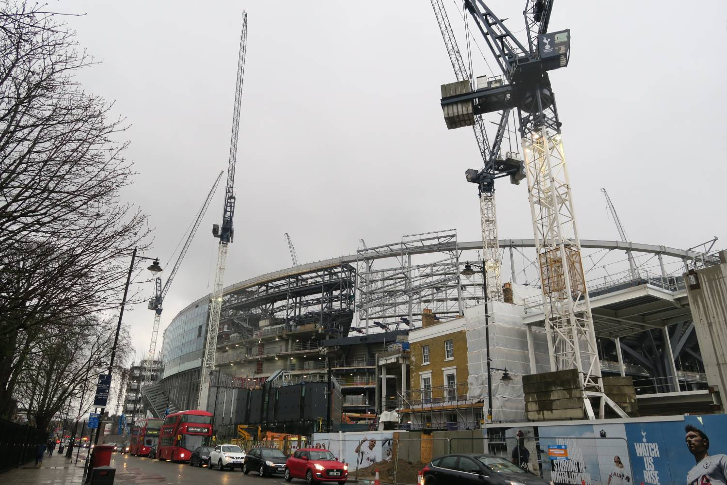 Cranes and construction at New Spurs Stadium