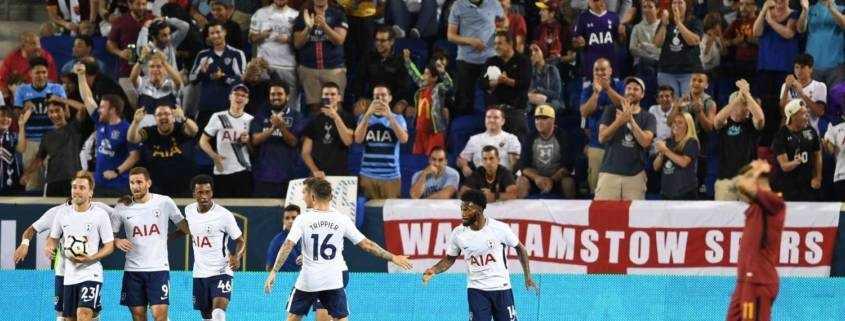 Spurs Celebrate Team